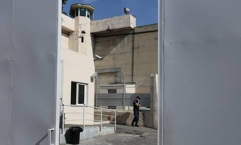 Συνεχίζονται οι έλεγχοι στα κελιά των φυλακών - Τα ευρήματα στην Άμφισσα