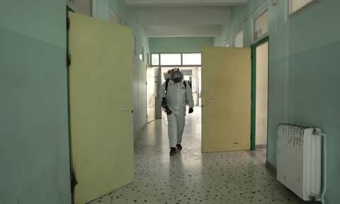 Θεσσαλονίκη: Δύο κρούσματα κορονοϊού σε αδέρφια μαθητές - Έκλεισαν δύο τμήματα σε σχολείο