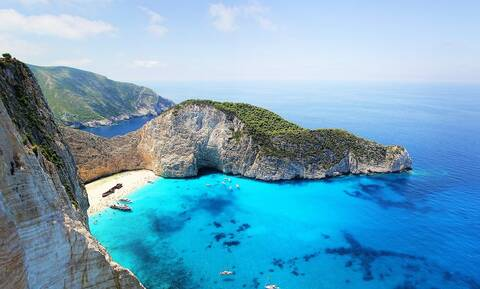 Οι Σουηδοί αποθεώνουν τις ομορφιές της Ελλάδας: Οι «άγνωστοι θησαυροί» των νησιών