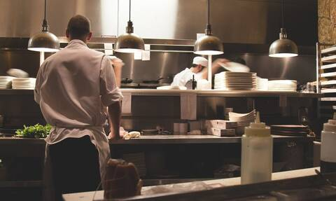 Άγριο επεισόδιο με ζηλιάρη σύζυγο σε εστιατόριο γνωστού σεφ