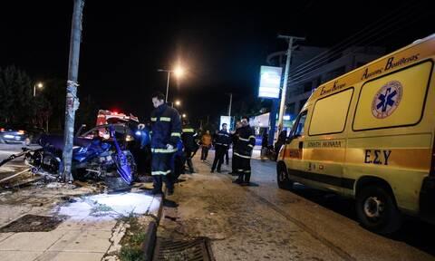 Αθήνα: Τροχαίο με τραυματίες στη Βασιλίσσης Αμαλίας - Απεγκλωβιστήκαν τρία άτομα
