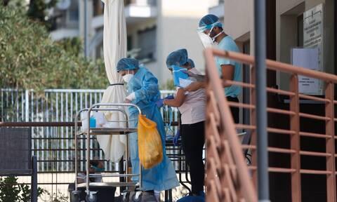 Κορονοϊός – Άγιος Παντελεήμονας: Στο νοσοκομείο μεταφέρονται ηλικιωμένοι από το γηροκομείο