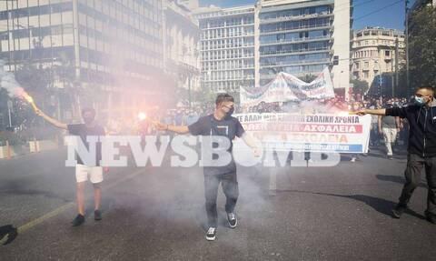 Ρεπορτάζ Newsbomb.gr: Πανεκπαιδευτικό συλλαλητήριο σε εξέλιξη στο κέντρο της Αθήνας