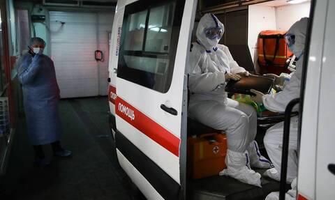 В России за сутки выявили 8 945 заразившихся коронавирусом. Это максимум с 12 июня