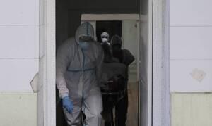 После нарушения мер безопасности по COVID-19 на похоронах 5 греческих деревень закрыли на карантин