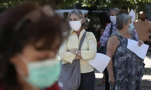 Βατόπουλος: Χτύπησε το «καμπανάκι» - Σύντομα υποχρεωτική η μάσκα μέσα κι έξω