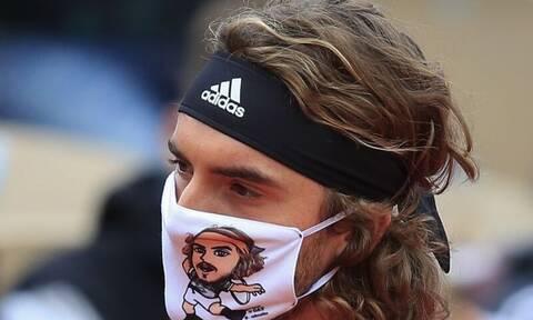 Στέφανος Τσιτσιπάς: Η εντυπωσιακή μάσκα κι ο τραυματισμός του αντιπάλου (pics+vids)
