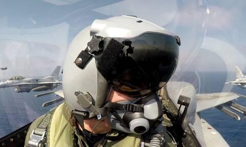 Πολεμική Αεροπορία: Η συμμαχία Ελλάδας – Εμιράτων εξοργίζει τον Ερντογάν (Εντυπωσιακές εικόνες)