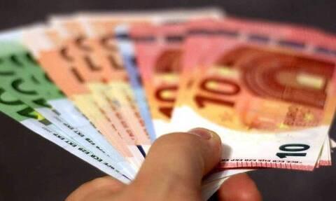 Επίδομα 800 ευρώ: Οι νέοι δικαιούχοι - Πώς θα υποβάλετε αίτηση
