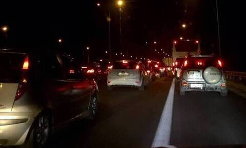 Τώρα: Μποτιλιάρισμα στην Αθηνών Λαμίας λόγω τροχαίου