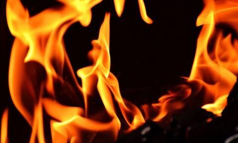 Άγριο έγκλημα: Βίασαν και έκαψαν μάνα και κόρη μέσα στο σπίτι τους