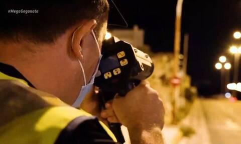 Καταδίωξη και σύλληψη στην παραλιακή – Η ταχύτητα έφτασε τα 200 χλμ./ώρα (video)