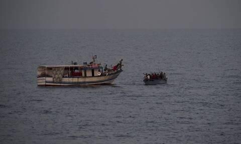 Αποτροπιασμός: Διακινητές πέταξαν στη θάλασσα μετανάστες - Οκτώ άνθρωποι πνίγηκαν