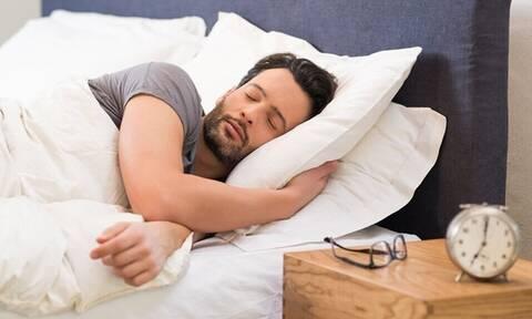 Ποια είναι η κατάλληλη ώρα για ύπνο;