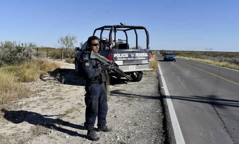 Φρίκη στο Μεξικό: Βρέθηκαν 12 πτώματα μέσα σε παρατημένα αυτοκίνητα