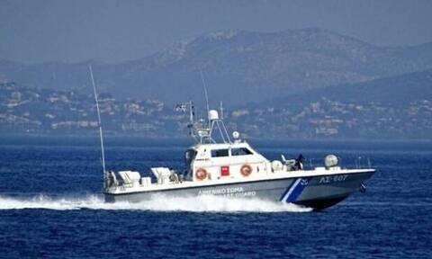 Τήνος: Πλοίο προσέκρουσε στο λιμάνι - Συνελήφθη ο πλοίαρχος
