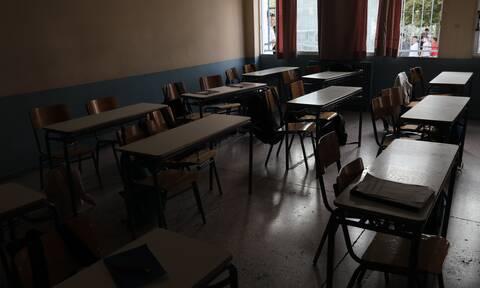 Συναγερμός στο Ηράκλειο: Κι άλλο κρούσμα κορονοϊού σε μητέρα μαθητών σε σχολείο