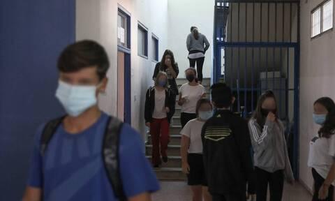 Κορονοϊός: Έφτασαν στην ΚΕΔΕ οι νέες προδιαγραφές για τις μάσκες
