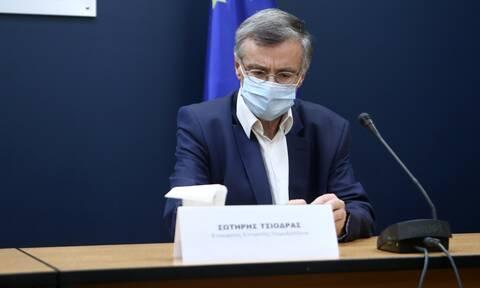 Πελώνη για Τσιόδρα: Θα κρίνει ο ίδιος πότε θα παρεμβαίνει