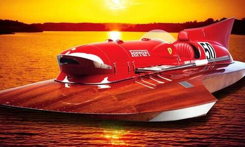 Ένα απίστευτο αγωνιστικό ταχύπλοο της Ferrari από τη δεκαετία του '50 βγαίνει στο σφυρί