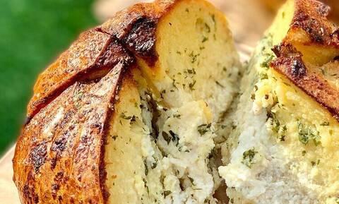Θεωρείται το πιο διάσημο ψωμί - Τι διαφορετικό έχει μέσα;