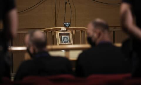 Δίκη Χρυσής Αυγής: Μυλωνόπουλος στο Newsbomb.gr: Ηπιότερος ο νέος νόμος - Πόσο θα μείνουν στη φυλακή