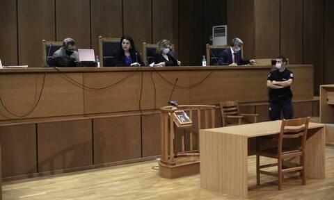 Δίκη Χρυσής Αυγής: Διεκόπη η διαδικασία - Την Πέμπτη η αγόρευση της εισαγγελέως για τα ελαφρυντικά