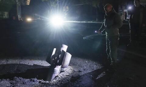 Ναγκόρνο Καραμπάχ: Δραματικές ώρες - Νύχτα τρόμου με εκρήξεις στη Στεπάνακερτ