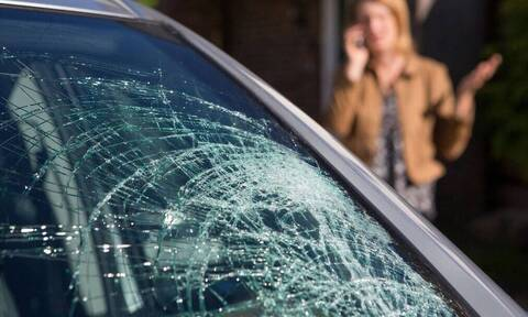 Κοριτσάκι 1 έτους ξεψύχησε μέσα στο αμάξι - Σοκάρει η συμπεριφορά του πατέρα