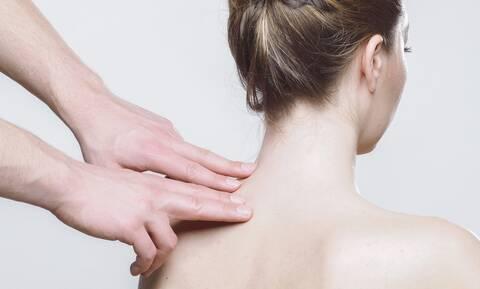 Κορονοϊός: Δείτε πόσο επιβιώνει ο ιός στο δέρμα