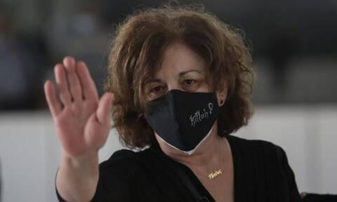 Μάγδα Φύσσα: Συγκλόνισε στο μνημείο του Παύλου - «Δικαιώθηκε η κοινωνία,  δικαιωθήκαμε» - Newsbomb - Ειδησεις