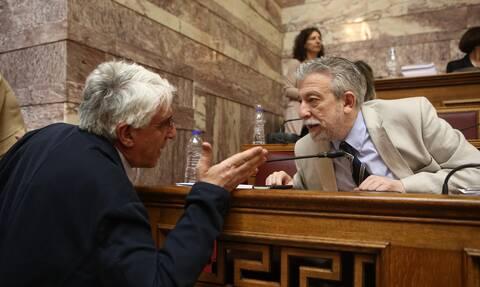 «Σεισμός» στον ΣΥΡΙΖΑ - «Έχει δίκιο ο Κοντονής» λέει ο Παρασκευόπουλος - Αλαλούμ στην Κουμουνδούρου