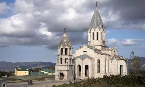 Ναγκόρνο – Καραμπάχ: Καταγγελία Αρμενίας για βομβαρδισμό ιστορικού Ναού (pics)