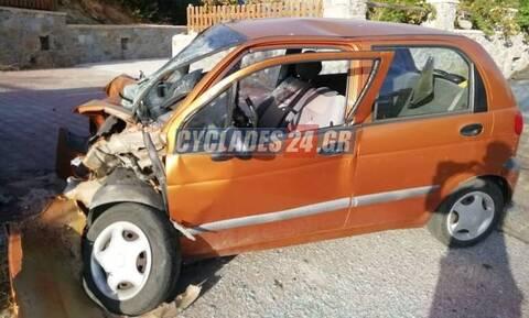 Τραγωδία στην Νάξο: Νεκρή ηλικιωμένη οδηγός σε τροχαίο