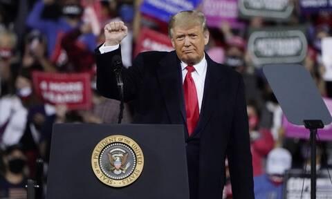 Ο Τραμπ επιστρέφει: Σκοπεύει να μιλήσει το Σάββατο σε προεκλογική συγκέντρωση στη Φλόριντα