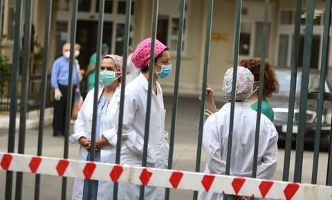 Κορονoϊός: Σε επίπεδα πρώτου κύματος οι διασωληνωμένοι - Πλησιάζει η καθολική χρήση μάσκας