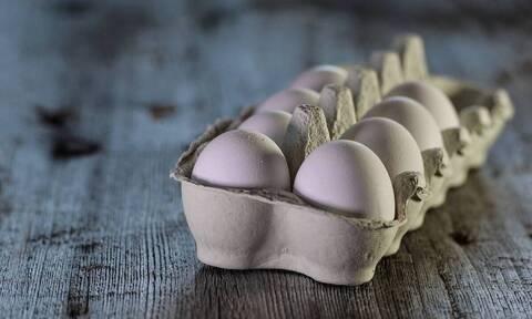 Αυτά είναι τα κόλπα για να δείτε αν τα αυγά σας είναι φρέσκα (vid)