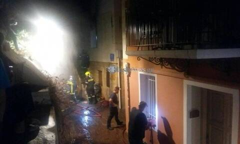 Χανιά: Έβαλε φωτιά και έκαψε το σπίτι για να «εκδικηθεί τη σύζυγο» (pics - vid)