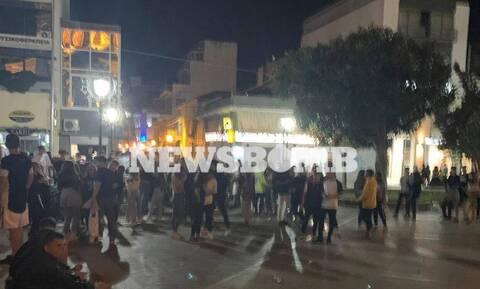 Κορονοϊός: Εικόνες συνωστισμού - Σαν να μην συμβαίνει τίποτα σε Αργολίδα, Πάτρα και Βόλο