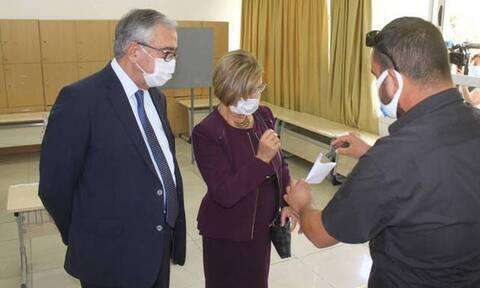Κύπρος - «Εκλογές» στα Κατεχόμενα: Ο Ακιντζί μίλησε για συνείδηση και ο Τατάρ για το ψευδοκράτος