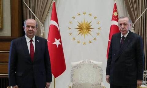 Εκλογές κατεχόμενα: Ερσίν Τατάρ και Μουσταφά Ακιντζί στο δεύτερο γύρο των «εκλογών»