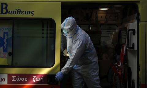 Κορονοϊός: Ακόμη ένας νεκρός στην Ελλάδα - Ξεπέρασαν τα 450 τα θύματα της πανδημίας
