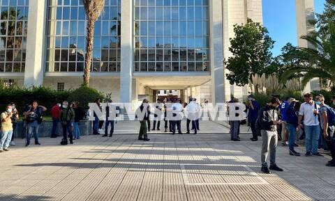 Δίκη Χρυσής Αυγής: Ρεπορτάζ Newsbomb.gr - «Φρούριο» το Εφετείο (pics)