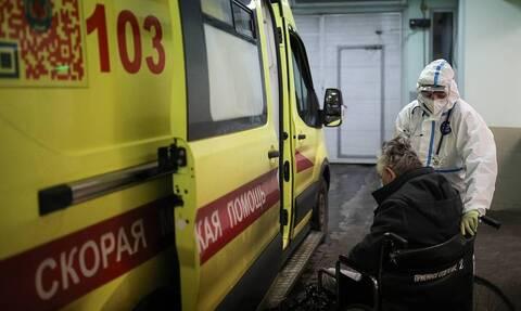 В России за сутки выявили 13 592 случая заражения коронавирусом