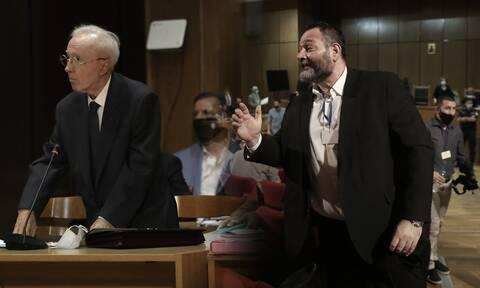 Δίκη Χρυσής Αυγής: Κανένα ελαφρυντικό στο διευθυντήριο - Σόου από Λαγό και Πλεύρη