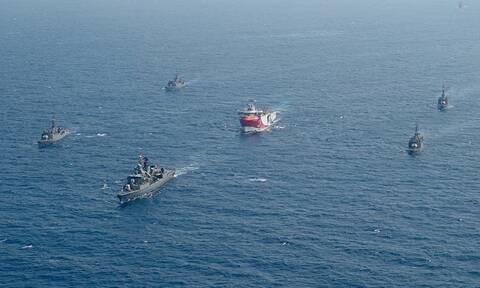 Oruc Reis - Καστελόριζο: Οι Τούρκοι στέλνουν πολεμικά πλοία, συναγερμός στις Ένοπλες Δυνάμεις