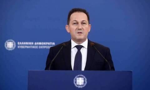 10 χρόνια Newsbomb.gr: Οι ευχές του κυβερνητικού εκπροσώπου Στέλιου Πέτσα