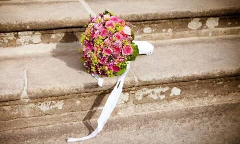 Kατέρρευσε ενώ χόρευε στο γάμο της κόρης του - Πώς τον έσωσε η νύφη