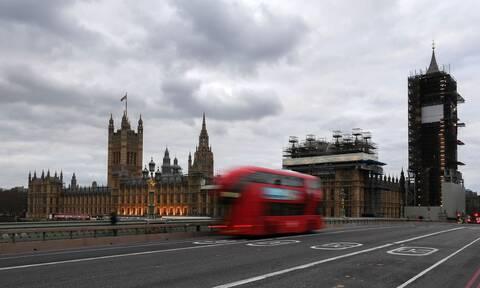 Τέλος συναγερμού στο Λονδίνο άνοιξε η γέφυρα Γουεστμίνστερ