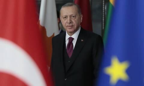 Σύνοδος Κορυφής: Το crash test με Ερντογάν - Τι μεταφέρει στην διπλωματική φαρέτρα του ο Μητσοτάκης